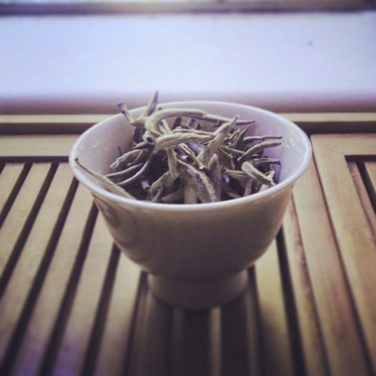 Yong De White Buds