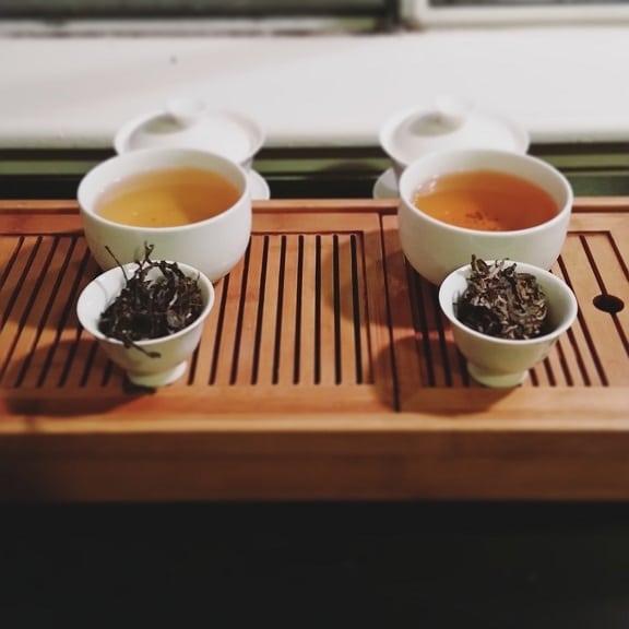 Laos dark tea side by side