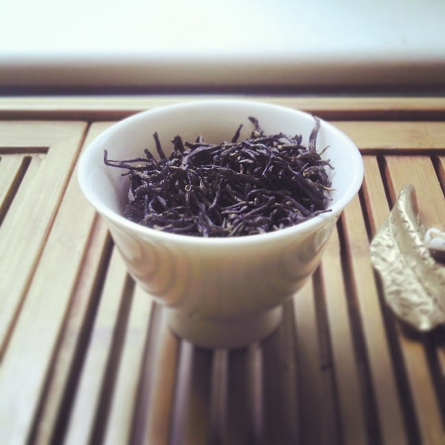 can sugar black tea