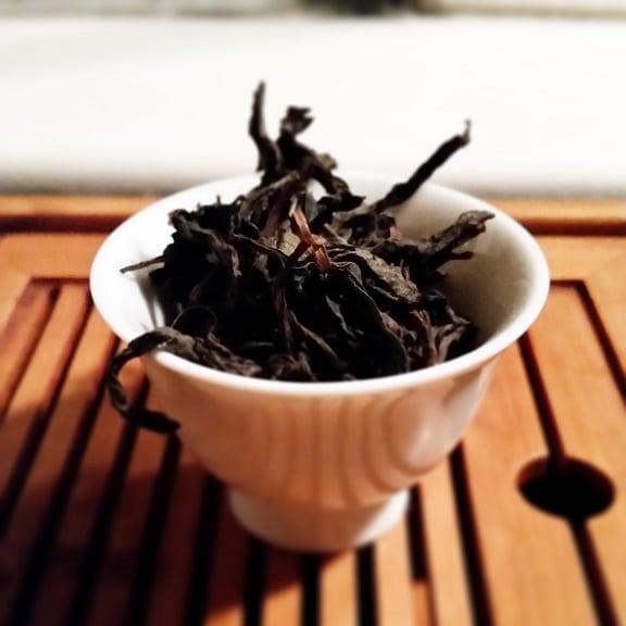 shui xian leaves