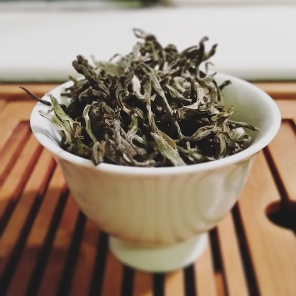 oolong leaves