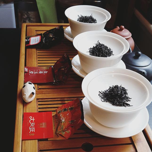 Tan Yang Gong Fu three leaves
