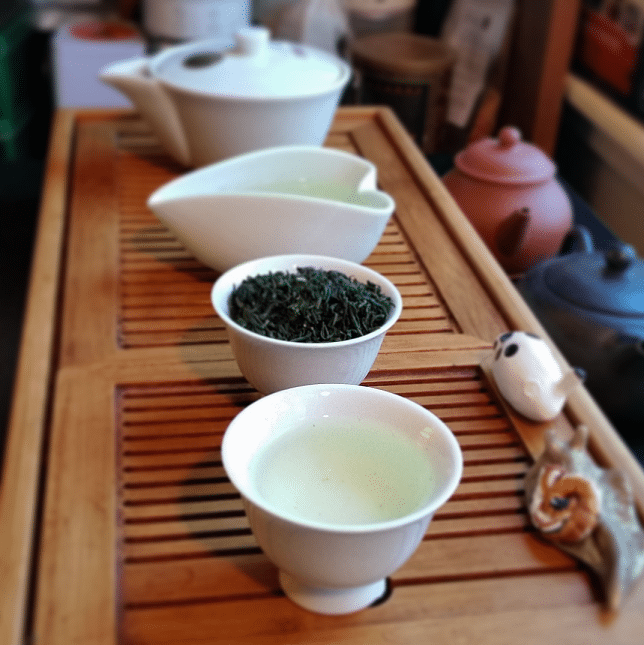 Kamairicha green tea