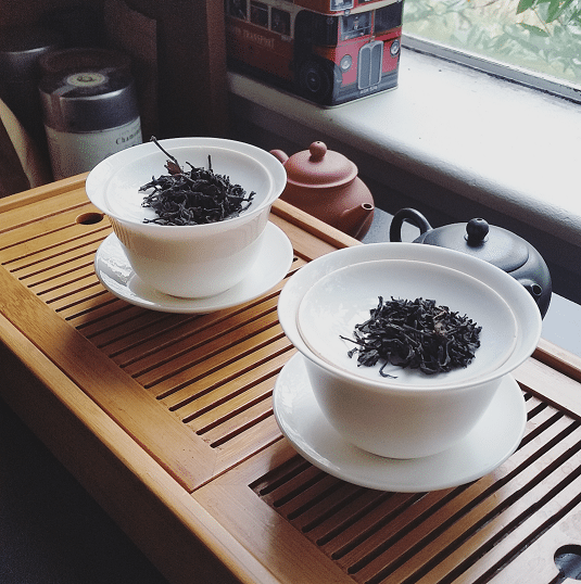 Solohaul black tea pairing