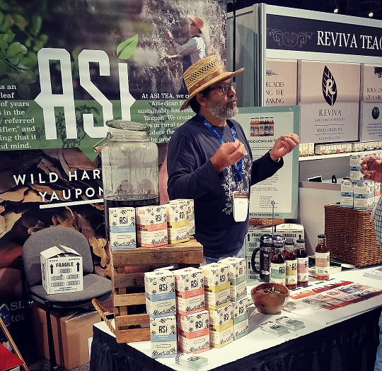 Lou at World Tea Expo
