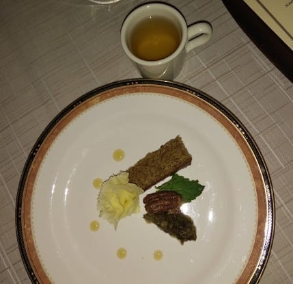 Pairing 7 - Tete de Moine - Wang Zhe Zhi Xiang (Emperor's Orchid) Flower Scented Tea, Photo by Nicole S