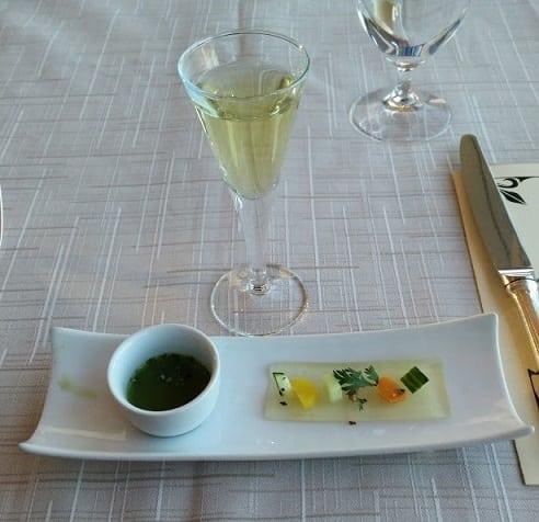 Pairing 1 - Chilled Cucumber Soup - Jin Guan Yin Anxi Wulong Tea, photo by Nicole S.