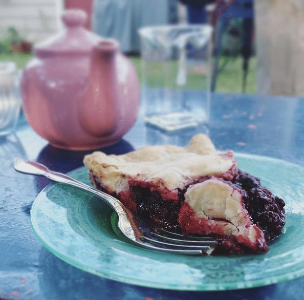 Marilyn marionberry pie