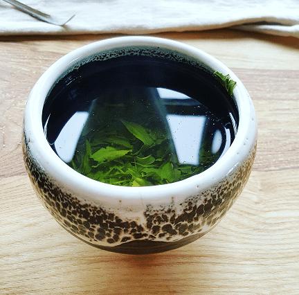 sencha-in-a-matcha-bowl