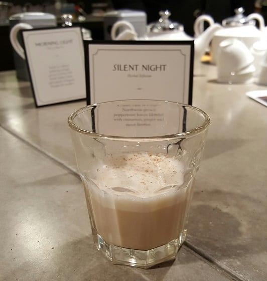 silent-night-tea-latte